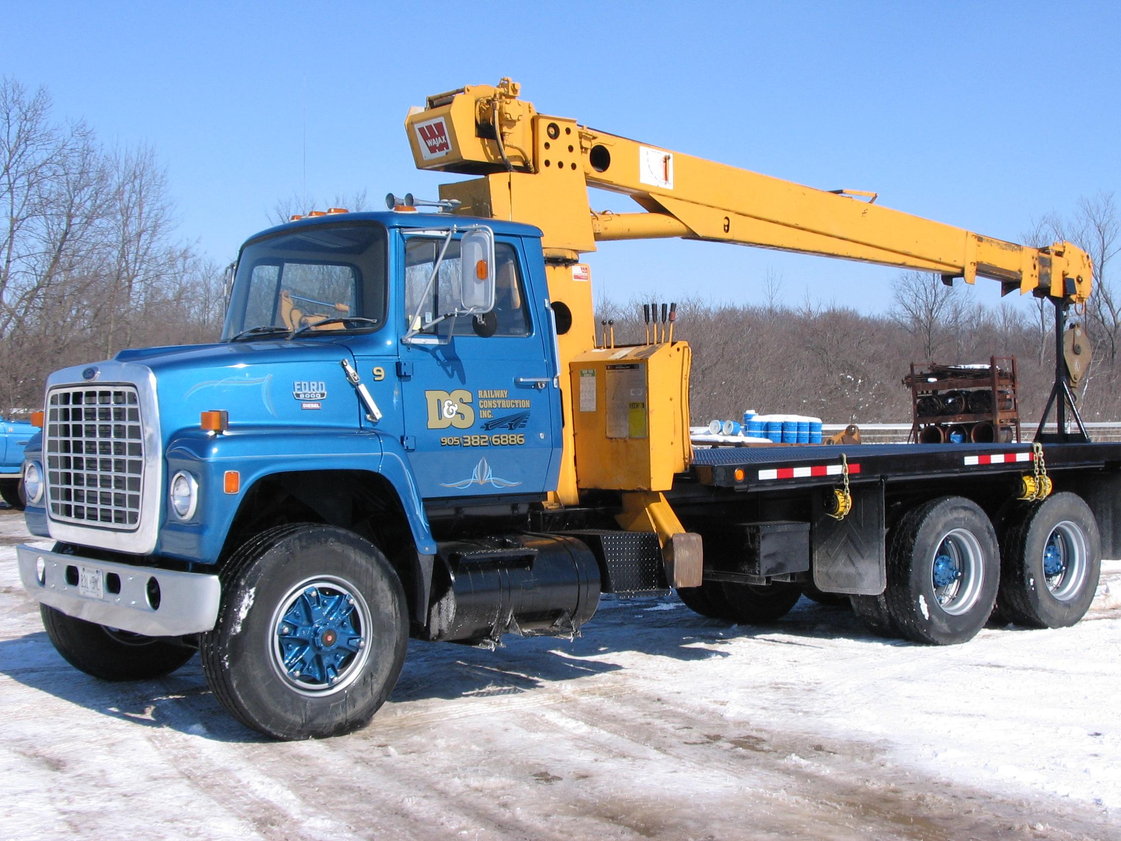 oil additive for heavy trucks