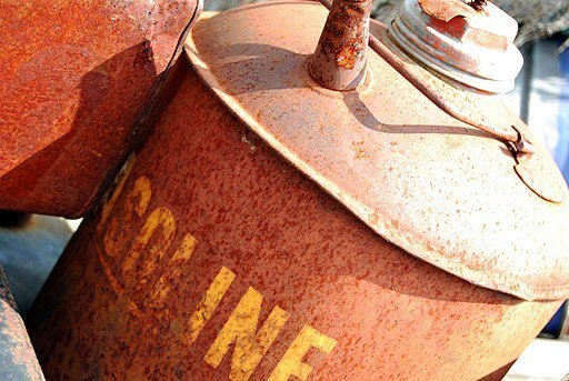 fuel-additive-for-old-gas (1).jpg
